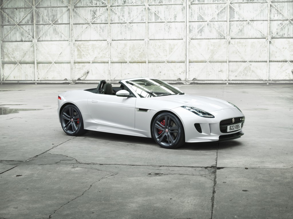 Jag_FTYPE_BDE_Location_Image_050116_12