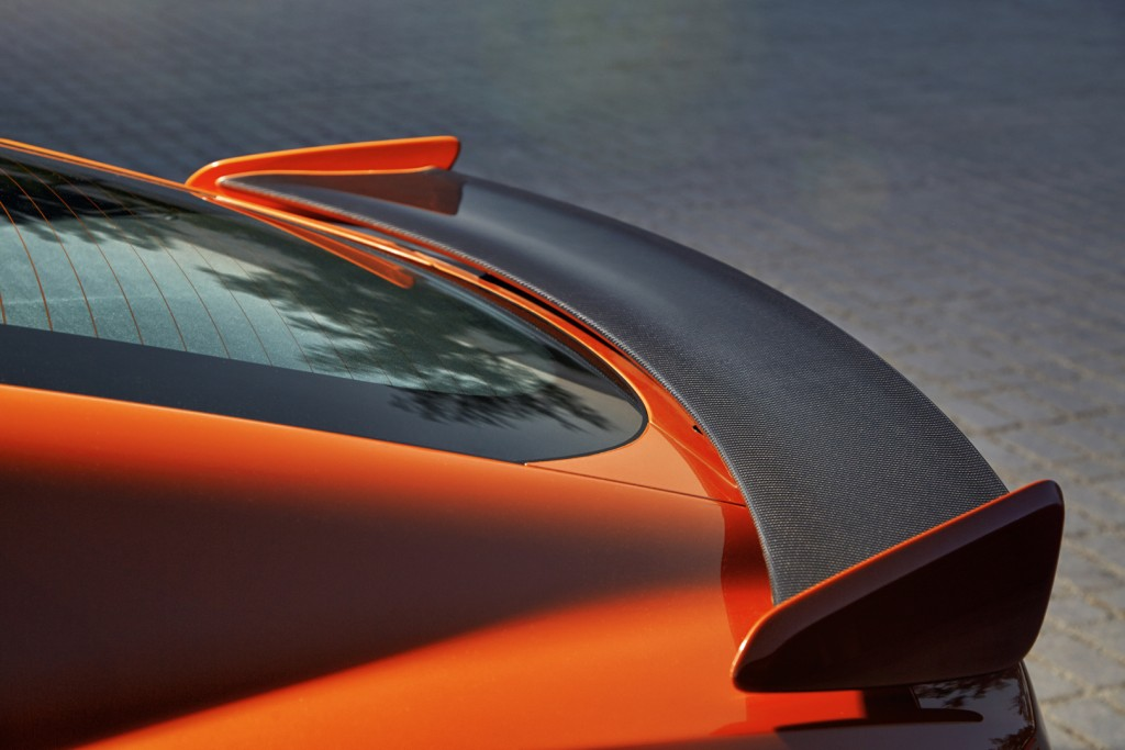 Jag_FTYPE_SVR_Coupe_Detail_170216_17_126526