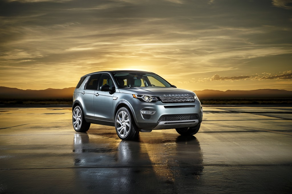 LR_Discovery_Sport_03_93350