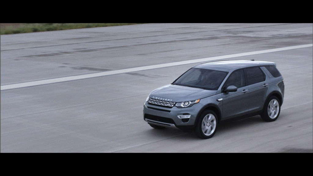 LR_Discovery_Sport_13_93337