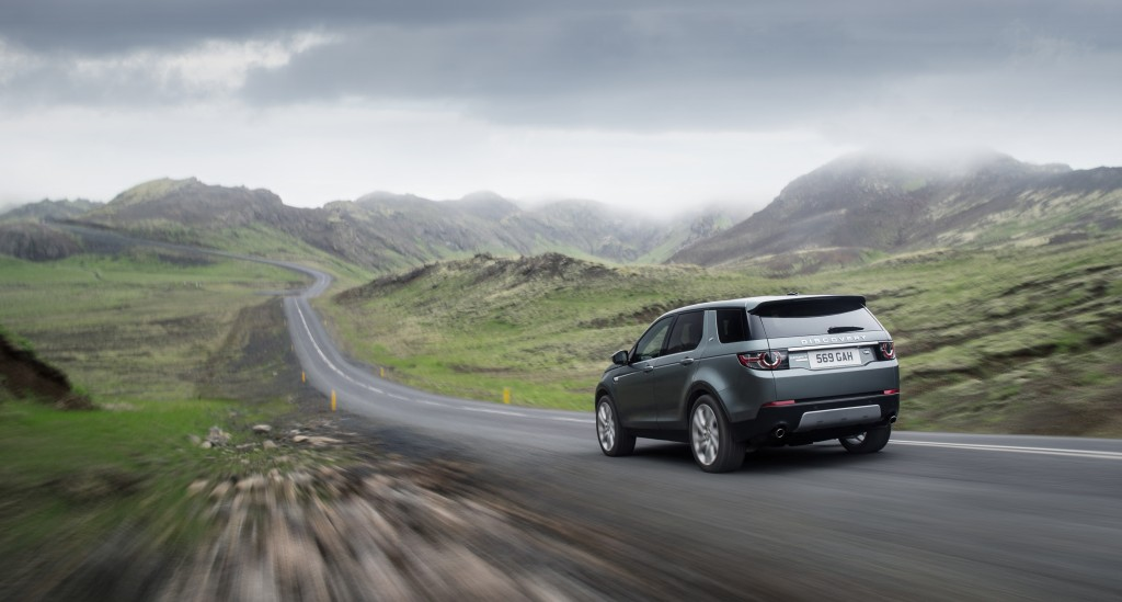LR_Discovery_Sport_18_93354