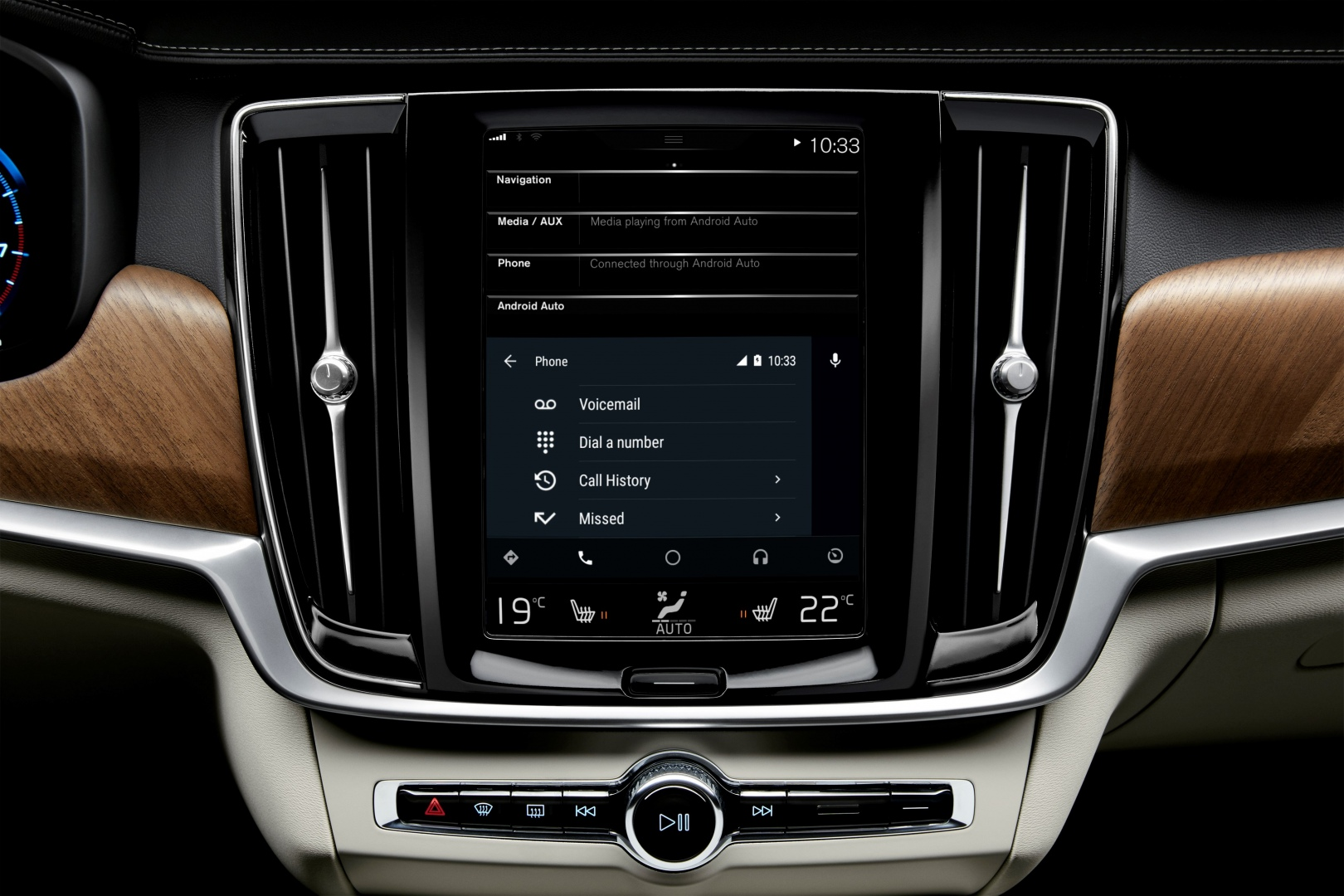 201020_Android_Auto_phone