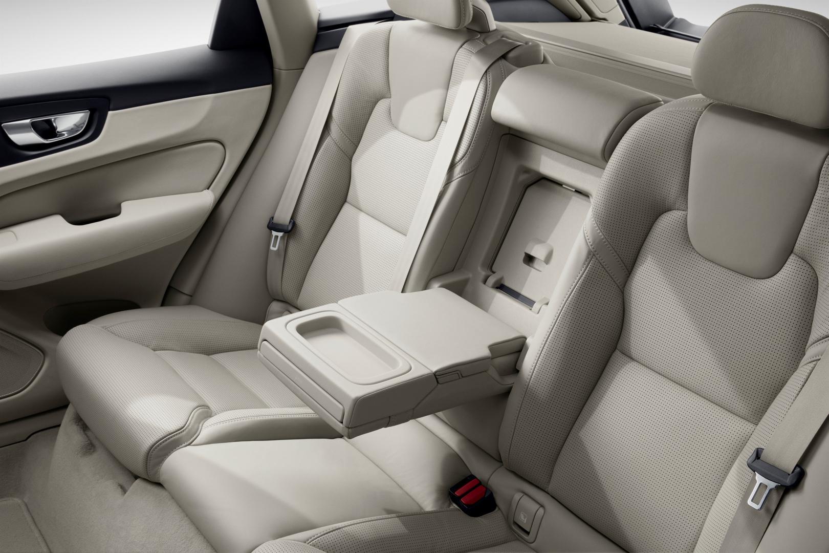 205051_The_new_Volvo_XC60