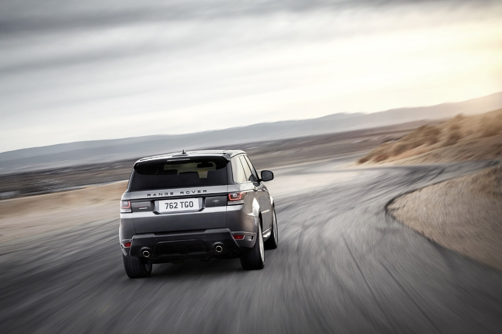 lr_range_rover_sport_dynamic_10